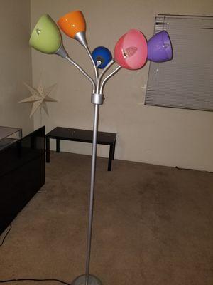 5 light floor lamp for Sale in Phoenix, AZ