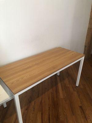 White bamboo desk for Sale in Chicago, IL