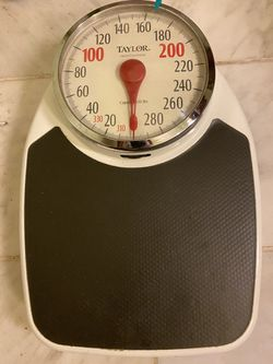 Taylor bathroom weighing scales for Sale in Phenix City,  AL