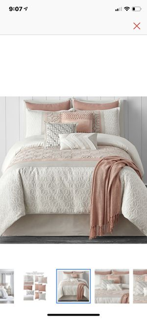 Queen Comforter for Sale in San Juan, TX