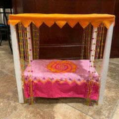 American Girl Doll Canopy Bed Like New With Carrier for Sale in Shorewood, IL