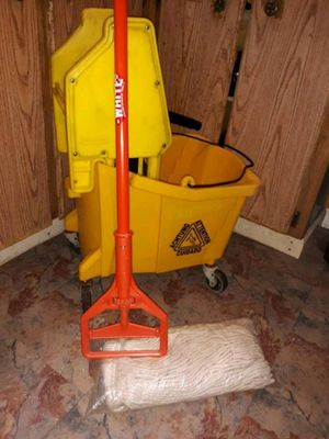 Commercial mop bucket & down press ringer for Sale in Elizabethton, TN