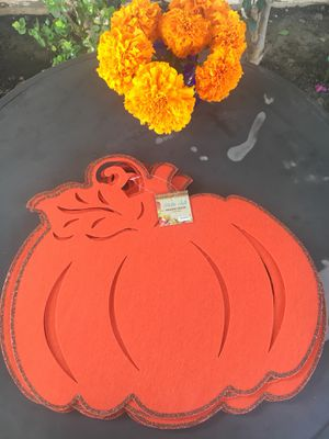 Free pumpkin hanging decor for Sale in Bell, CA