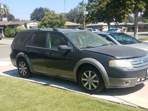 2008 Ford Taurus X for Sale in Riverside, CA