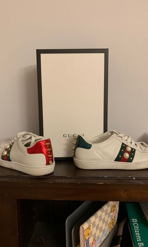 Gucci sneakers for Sale in Buffalo, NY