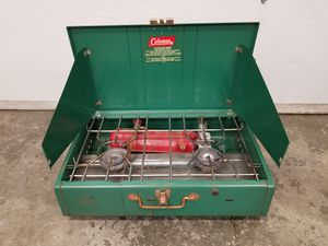 Coleman 413G camp stove for Sale in Orting, WA