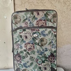 LARGE DVF LUGGAGE SUITCASE- IN GOOD CONDITION for Sale in Stanton, CA
