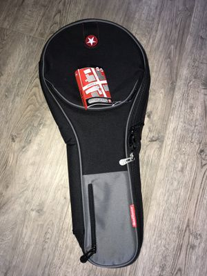 Road runner Avenue guitar bag for Sale in Orient, OH