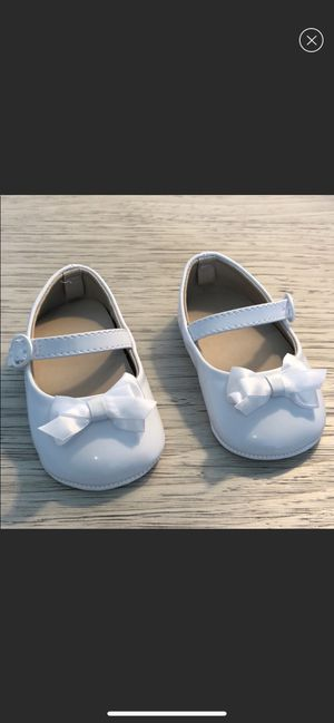 NEW! never worn! Baby girl white patent leather shoes for Sale in Alexandria, VA