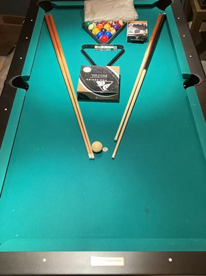 """7"""" Slate Contender Pool Table & Accessories for Sale - $650 for Sale in Columbia, MD"""