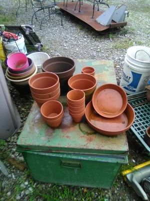 Clay plant pots for Sale in Tabernacle, NJ