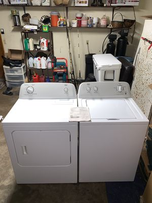 1 year old matching Roper (Whirlpool) XL Capacity Washer & Dryer. Can deliver. for Sale in New Port Richey, FL