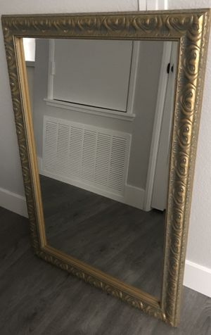 """Antique mirror 29"""" x 42"""" for Sale in Fontana, CA"""