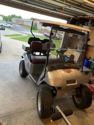 2000 ez go gas golf cart for Sale in Saint Marys, OH