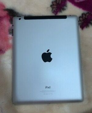 Apple iPad 2, Only Wi-Fi with Excellent Condition, for Sale in Springfield, VA