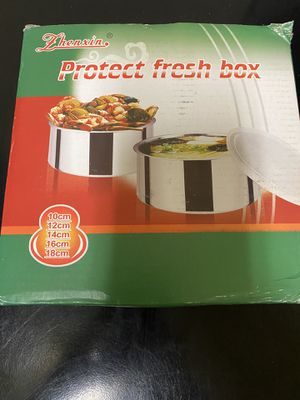 Two kitchen containers food storage brand new for Sale in Homestead, FL
