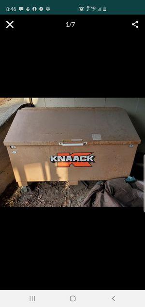 """Knaack 3068 xlg rolling job tool box on wheels...60"""" wide, 40"""" tall, 32"""" deep for Sale in Bellevue, WA"""