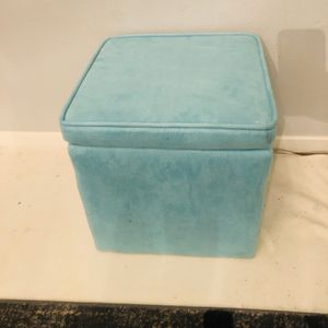 Aqua Ottoman Storage Cube for Sale in Novato, CA