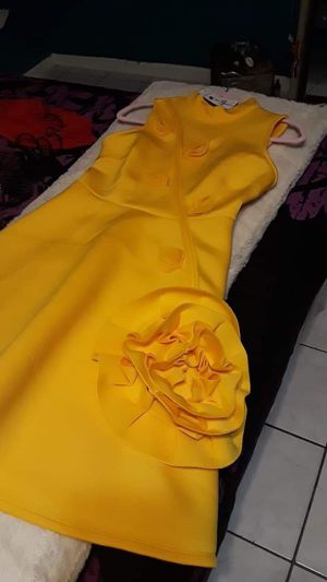 Woman dress yellow for Sale in Houston, TX