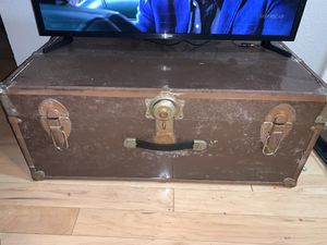 Vintage chest for Sale in San Diego, CA