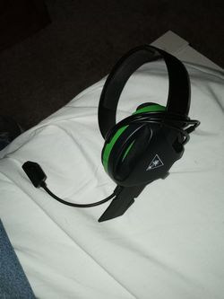 xbox 1 turtle beach MIC.headset for Sale in Hockley,  TX