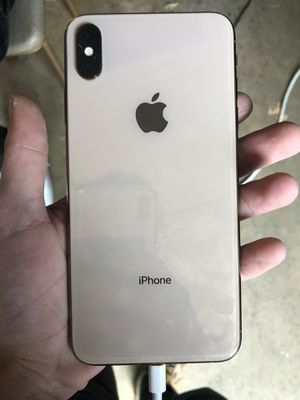 iphone xs max 64g gold for Sale in Kennebunkport, ME