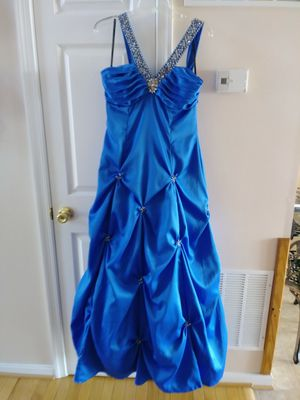 Masquerade size 13/14 royal blue ball gown Prom Dress. Has beautiful rhinestones and sequins. for Sale in Martinsburg, WV