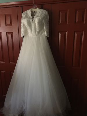 Lillian west Ivory wedding dress for Sale in Coto de Caza, CA