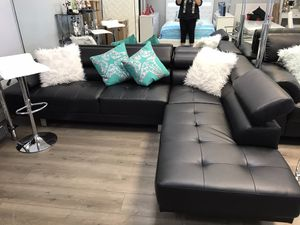 Brand new leather sectional in 4 colors for Sale in Miami, FL