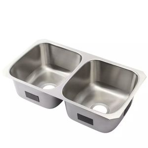 KOHLER Ballad Undermount Stainless Steel 32 in. 50/50 Double Bowl Kitchen Sink for Sale in Tacoma, WA