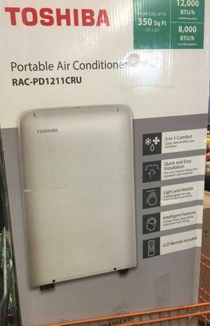 Portable AC unit (Toshiba) for Sale in Newark, CA