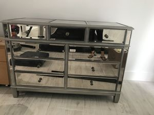 Pier 1 imports Hayworth silver dresser excellent condition for Sale in Miami, FL