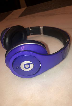 Beats By Dre Headphones for Sale in Mount Oliver, PA