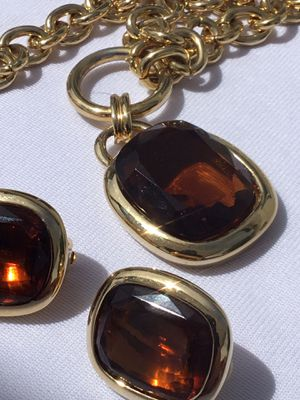 Jewlery set amber large jewels pair of Earrings and matching necklace gold chain for Sale in Phoenix, AZ