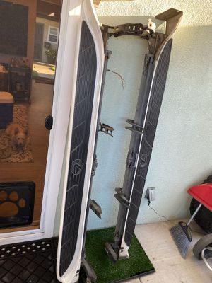 FREE 2007 Lexus LX Running Boards for Sale in Costa Mesa, CA