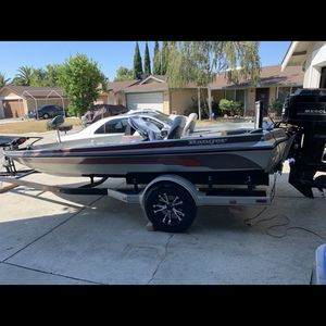 1986 18ft Ranger bass boat (rehauled) new carpet,custom built front deck (more walking space) super clean! w/trailer all registration up to date for Sale in San Jose, CA