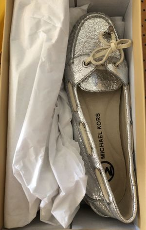 Michael Kors woman(female) shoes size 6.5 for Sale in Lynnwood, WA