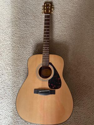 Acoustic Yamaha Guitar - excellent condition for Sale in Tigard, OR