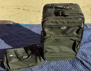 Luggage14X23 1/2X11 deep. The duffle bag is 14X10 for Sale in Pomona, CA