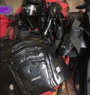 Boxing and Fighing Gear+ plus Duffle Bag for Sale in HUNTINGTN BCH, CA