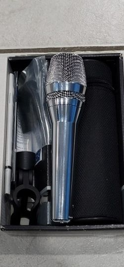 AKG D7 LTD Limited Edition Chrome Dynamic Microphone for Sale in Queens,  NY