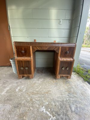Vanity for Sale in Haines City, FL