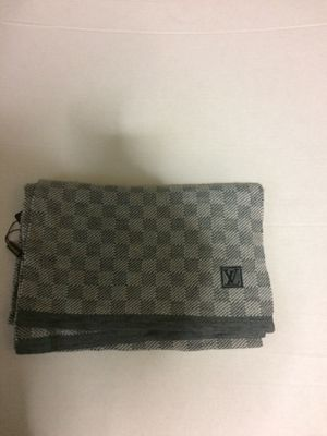 Louis Vuitton scarf for Sale in Piscataway, NJ