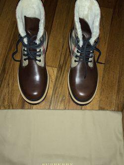 Burberry Men's Shearling Boots Size - UK 41.5 - US 8.5-9 for Sale in Lambertville,  NJ