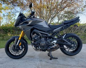 Yamaha FJ-09 Mint Condition for Sale in West Palm Beach, FL