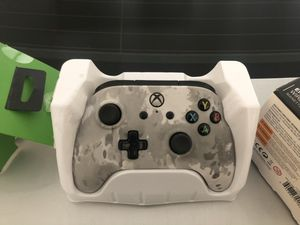 Xbox one controller wired for Sale in Placentia, CA