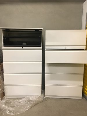 Two new File cabinets no lock key. for Sale in Los Angeles, CA