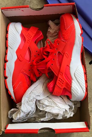 Nike bright Crimson HUARACHE RUN /size 6 women's for Sale for sale  Lilburn, GA
