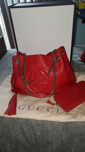 ORIGINAL GUCCI BAG WITH MATCHING WALLET for Sale in Diamond Bar, CA