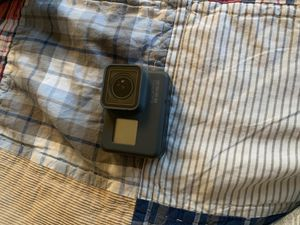 Go pro HERO5 (No chip inside not included with charger) for Sale in San Mateo, CA